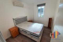 Schlafzimmer 1 mit neuem Bodenbelag